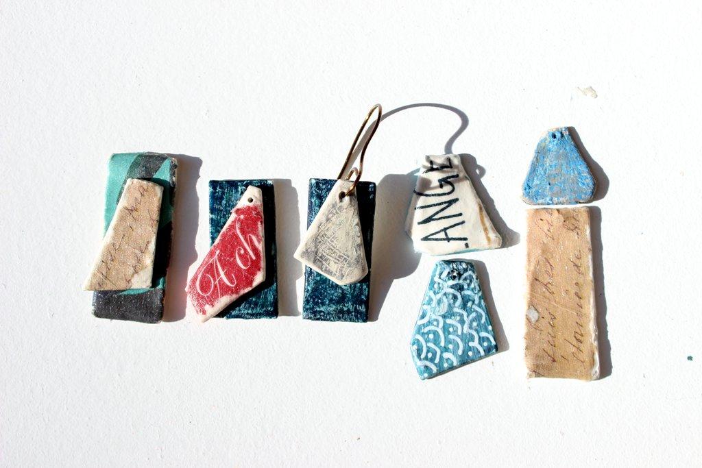 Essais bijoux en papier mâché